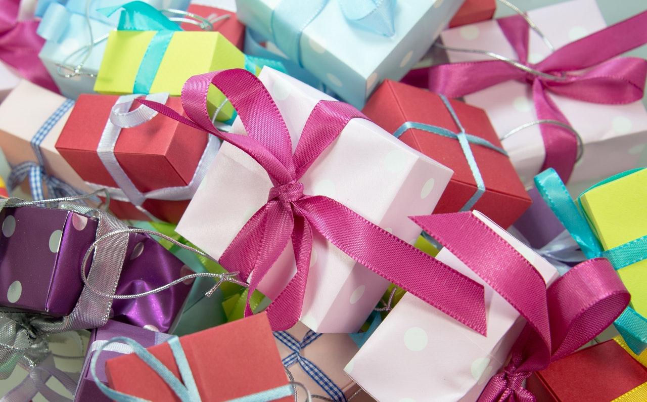 12 Best Motivational Gift Ideas