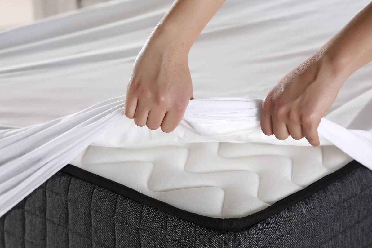How to Do Mattress Cleaning Without Wasting Money?