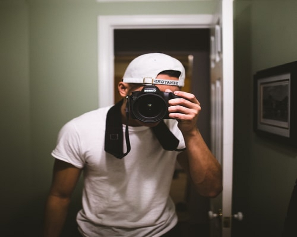 Top 5 Signs You're a Photographer in Disguise/It's your Thing