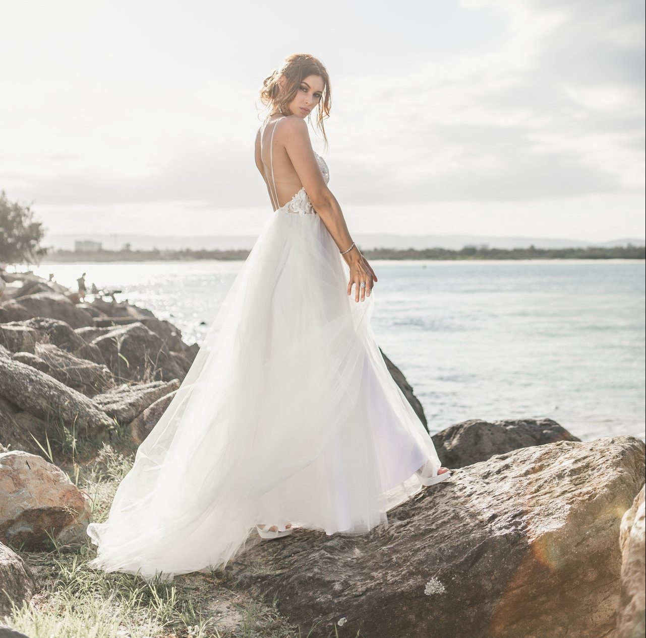 Things to Keep in Mind While Buying Your Affordable Wedding Dress